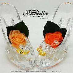 La prima ed #originale #rosa vera #stabilizzata impreziosita da #Cristalli di Swarovski®. #Spedizione gratuita ed assicurata 24/48h. Simile non è Rosabella®, se non c'è il logo Rosabella® non è l'originale. La #qualità è una #scelta! RosaScintille #rosabella #rosagioiello #MadeInItaly Swarovski, Desserts, Pink, Tailgate Desserts, Deserts, Postres, Dessert, Plated Desserts