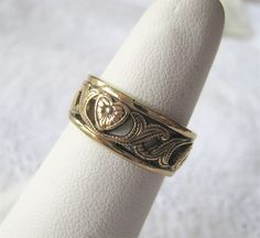 Signed Uncas Gold Plate Band Ring Cut-Out Design