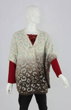 Buy branded clothing online for women, men & kids. All brands of Pakistan & Abroad available here. Jersey Girl, Good Customer Service, Casual Sweaters, All Brands, Kids Girls, Tunic Tops, Clothes, Women, Fashion