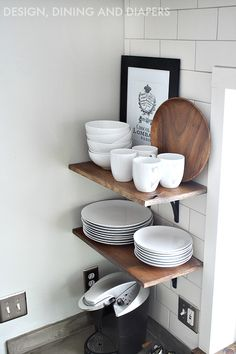 LOVE this shelfing idea! Who would've thought exposing your dishes would be so cool?!