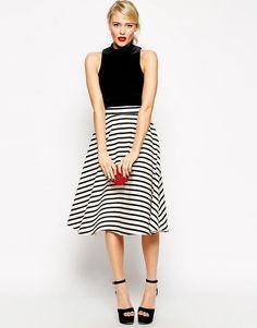 Striped midi skirt (50CNY)
