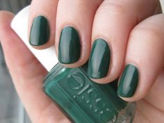 Essie Going Incognito (Swatch -n- Review) | 30 Days with Receipt
