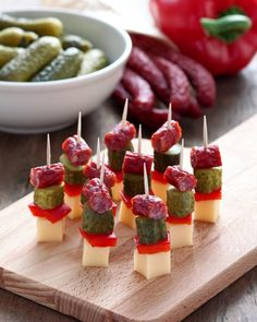 Finger Food Appetizers Savoury Finger Food Party Finger Foods Party Snacks Appetizers For Party Cocktail Party Food Cake Tasting Cold Meals Food Platters Savoury Finger Food, Finger Food Appetizers, Holiday Appetizers, Finger Foods, Appetizer Recipes, Shower Appetizers, Super Healthy Recipes, Healthy Foods To Eat, Healthy Snacks
