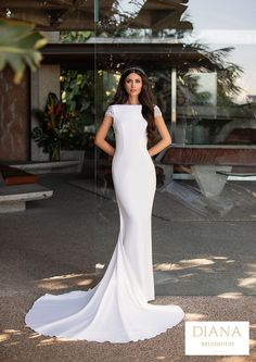 Pronovias collectie 2021 | Premium Dealer | Trouwjurk RUSSEL Top Models, Cruise Collection, Bridal Dresses, Diana, Dream Wedding, Formal Dresses, Weddings, Party, Flowers