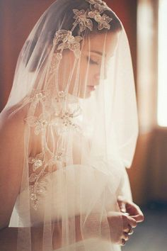 Every little detail matters on your special day, find inspiration here for the veils, cuffs, and headpieces.