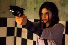 Discover recipes, home ideas, style inspiration and other ideas to try. Badass Aesthetic, Film Aesthetic, Character Aesthetic, India Eisley, Pretty People, Beautiful People, Mathilda Lando, Foto Pose, Action Poses