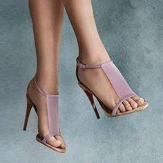 50 Ultra Trendy Designer Shoes - Style Estate - New season Burberry sandals in translucent vinyl and vibrant brights for Cute Shoes, Me Too Shoes, Paula Torres, Pumps Heels, High Heels, Strap Heels, Manolo Blahnik Heels, Louboutin, Open Toe Sandals