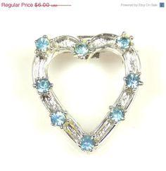 Vintage Pale Blue Rhinestone Heart Shaped Pin Brooch #vintage #etsyretwt