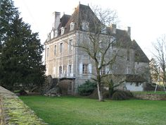 Château de Chamilly►►http://www.frenchchateau.net/chateaux-of-bourgogne/chateau-de-chamilly.html?i=p