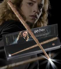 Hermione's wand - the prettiest of all the replica wands (in my opinion) Harry Potter Wand, Harry Potter Hogwarts, Hermione Costume, Hermiones Wand, Harry Potter Merchandise, Movie Props, Hermione Granger, Halloween 2020, Wands