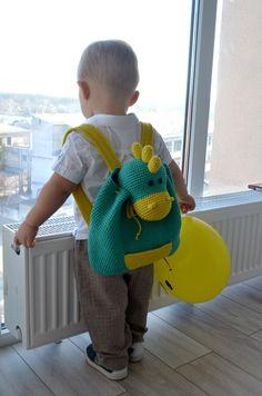 Häkeln Sie Rucksack Kinder Drachen, Rucksack, gestrickt, Kinder Häkeltasche, Amigurumi Tiere, Geburtstagsgeschenk, Baby Tasche von IraSinelnikUA auf Etsy https://www.etsy.com/de/listing/493680776/hakeln-sie-rucksack-kinder-drachen