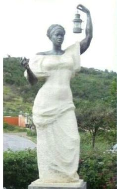 The original Statue Of Liberty offered to the United States by France.The statue depicts a black woman and was refused by the US and replaced with current Lady Liberty. Kings & Queens, Black History Facts, Strange History, We Are The World, African American History, British History, Tudor History, American Lady, My Black Is Beautiful