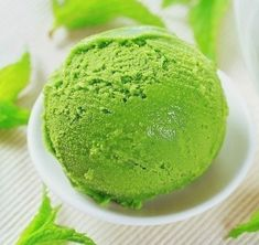 Green apple ice cream