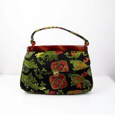 heart this carpet bag-1960's