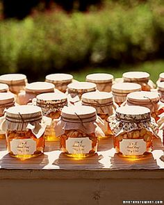 Autumn wedding honey party favors