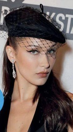 Isabella Hadid, Fashion, Moda, Fashion Styles, Fashion Illustrations