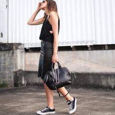 kahlo leather skirt via Kaity Modern
