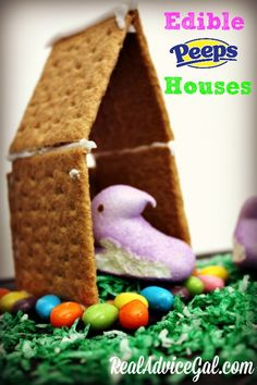 Add fun to Easter with these yummy DIY Edible Easter Peeps Houses!