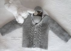 hand knitted baby sweater Made by bairena Knitted Baby Cardigan, Knit Baby Sweaters, Free Childrens Knitting Patterns, Sweater Making, Pula, Baby Knitting, Knit Crochet, Blog, Clothes
