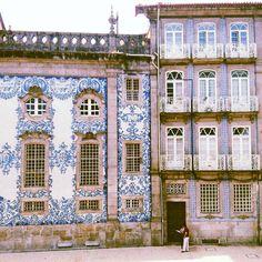 Igreja do Carmo - Porto from instagram Ana Pina