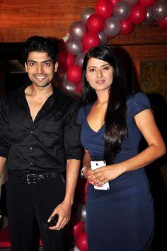 kratika sengar and gurmeet choudhary 2014 - Recherche Google Gurmeet Choudhary, Beautiful People, Bollywood, Cinema, Indian, Tvs, Celebrities, Party Time, Movies