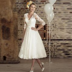 Cheap bridal dress, Buy Quality vestido de noiva directly from China wedding dress Suppliers: Tea Length Short Wedding Dresses 2017 Long Sleeves With Bow Country Wedding Gown Women Reception Bridal Dresses vestido de noiva 50s Style Wedding Dress, Retro Wedding Dresses, Short Lace Wedding Dress, Wedding Gowns, Dress Lace, 2017 Wedding, Trendy Wedding, Dress Sleeves, Wedding Dress Midi