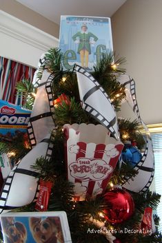 movie themed christmas tree - Google Search | Christmas ...