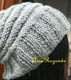 FIOS DE ARTE: GORRO COMPRIDO A MINHA MODA COM RECEITA Knitting Stitches, Hand Knitting, Knitting Patterns, Crochet Shawl, Knit Crochet, Knitted Hats, Needlework, Free Pattern, Winter Hats