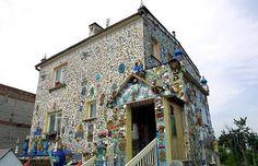 ΔΕΙΤΕ: 5 Μοναδικά και Παράξενα Σπίτια - pestanea ©