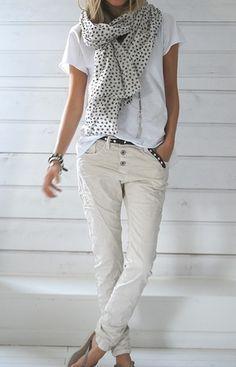 looks so good coordinate! love white cotton shirts :*) / !Se ve tan buena coordinar! Amar camisas blancas de algodón :*) / Parece tão bom coordenar :*) Amo camisas de algodão branco