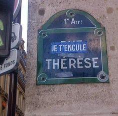 La rue Thérèse... sans commentaire  (Paris 1er)  C'est fin ça se mange sans faim !!!!