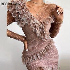 Dot Lace Ruffles Patchwork Design Ruched Dress Style:Fashion Pattern Type:Patchwork Material:Polyester Neckline:One Shoulde. Bodycon Dress With Sleeves, Slit Dress, Ruched Dress, Trend Fashion, Estilo Fashion, Look Fashion, Ideias Fashion, Ruffles, Sequins