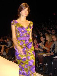 Michael Kors New Fashion, Fashion News, Runway Fashion, Dress Outfits, Dress Up, Simply Beautiful, Beautiful Ladies, Bikini Dress, Short Dresses