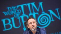 Tim Burton se encontra com Zé do Caixão (foto: EPA)