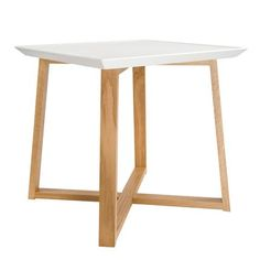 1000 images about id es tables basses on pinterest Table triangulaire scandinave