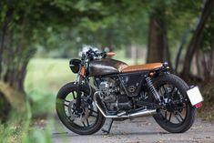 Moto Guzzi V35 bobber cafe racer