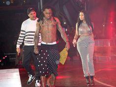 Nicki Minaj lançou três novos singles com Drake e Lil Wayne e responde a Remy Ma