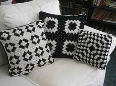 This item is unavailable CROCHET PILLOW SET black and white granny square by afghansbyanne Crochet Pillow Cases, Crochet Cushion Cover, Crochet Cushions, Granny Square Crochet Pattern, Crochet Squares, Crochet Granny, Crochet Ideas, Granny Square Häkelanleitung, Embroidery