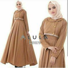 Muslim Long Dress, Hijab Fashion, Fashion Dresses, Casual Party, Kebaya, Beautiful Dresses, Abaya Style, Hanging Decorations, Coat