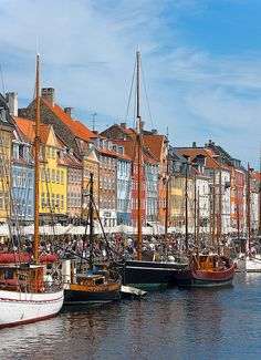 This is the place I want to live in. Nyhavn, Copenhagen.