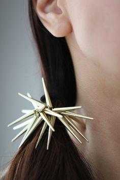 spikey spikes hair tie $19
