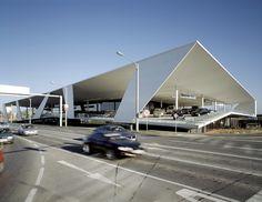 CSU - POMONA ARCHITECTURE: TOPIC STUDIO, WINTER 2013: WHERE CARS RELAX: CAR SHOWROOM IN AUSTRIA