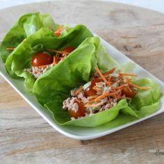 Sla wraps met tonijn en avocado dressing - Lowcarbchef.nl