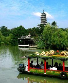 West Lake in Hangzhou |China Odyssey Tours