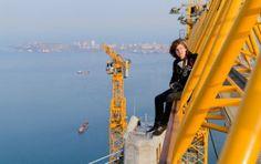 La impactante aventura de dos jóvenes y osados fotógrafos rusos en las alturas