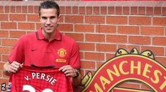 BBC Sport - Robin van Persie in £24m move to Man Utd from Arsenal