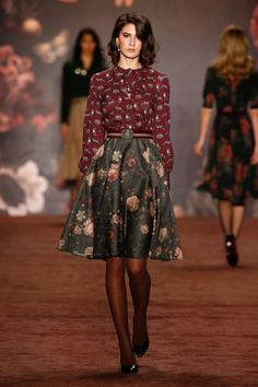 Lena Hoschek, Berlin Fashion Week, Herbst-/Winter-Mode 2016/17 - VOGUE