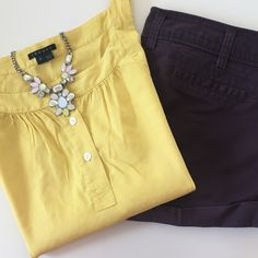 Theory   Chartreuse Linen Top   Size: P (XS) Theory   Chartreuse Linen Top   Size: P (XS)   Fits Like a Small   Good Condition   Top Button Missing From Blouse (I can replace prior to buying if you'd like)   Pet/Smoke Free Home    62% Linen 36% Viscose 2% Spandex Theory Tops Blouses