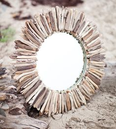 28 Double Layer Round Driftwood Mirror - Wonder if mom has enough driftwood for me to make this?