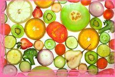 Похудение на фруктах, все плюсы фруктовой диеты, меню на неделю  Многие люди знают, что процесс похудения может быть не только вкусным, но и полезным. Некоторые диеты, помогая избавиться от лишних килограмм, также провоцируют депрессию. Используя фруктовую диету для похудения, вы можете быть уверены, что такого не произойдет. Благодаря ей, человеку не нужно прилагать особых усилий для того, чтобы избавиться от лишнего веса. С помощью диета на фруктах можно не только сбросить от 5 до 7 кг, но…